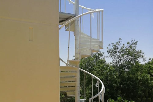 punjam-metals_0001_spiral-stairs